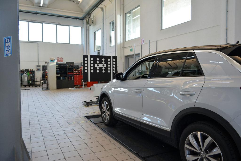 Strumentazione manutenzione sistemi adas volkswagen t-roc