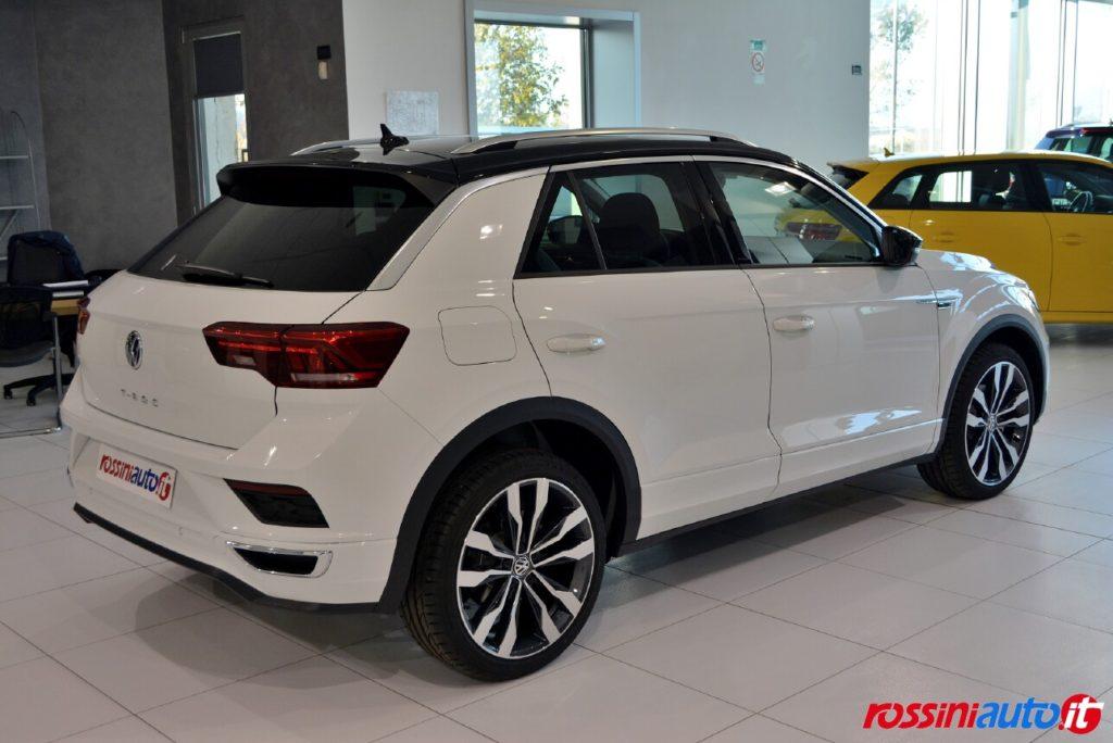 Volkswagen T Roc R Line exterior paraurti e minigonne visuale posteriore